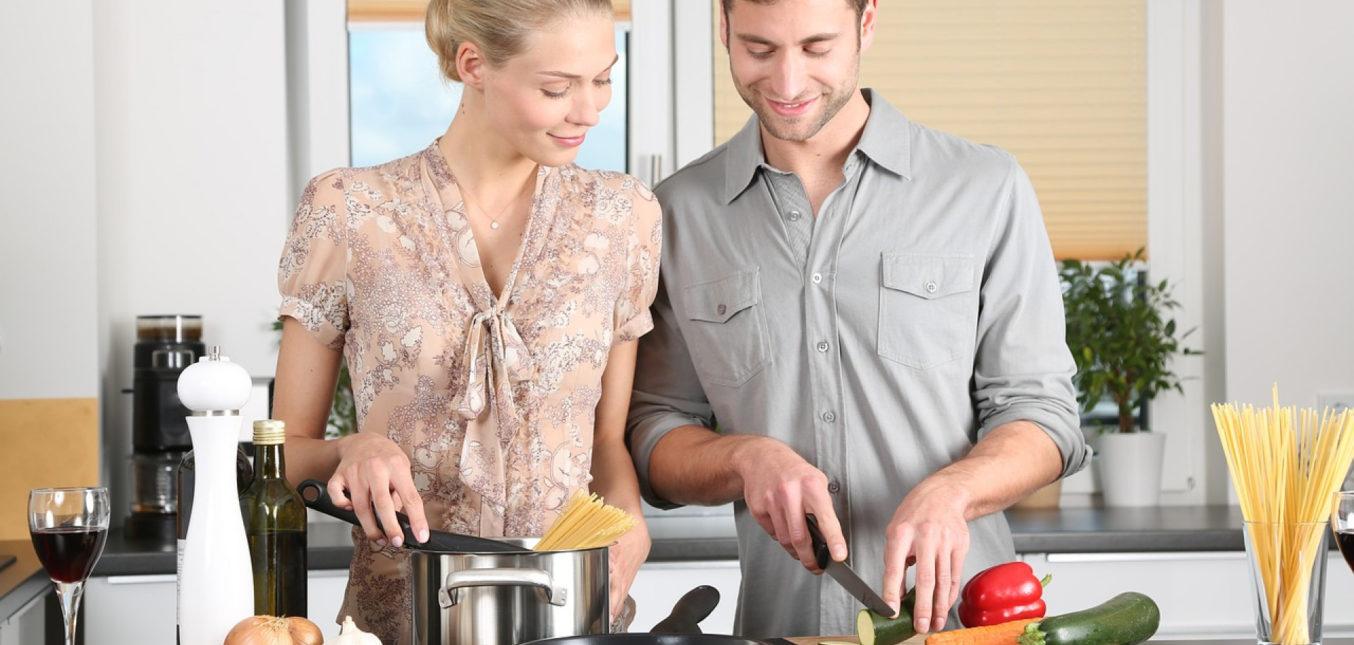 Un plan de travail en béton ciré pour relooker votre cuisine