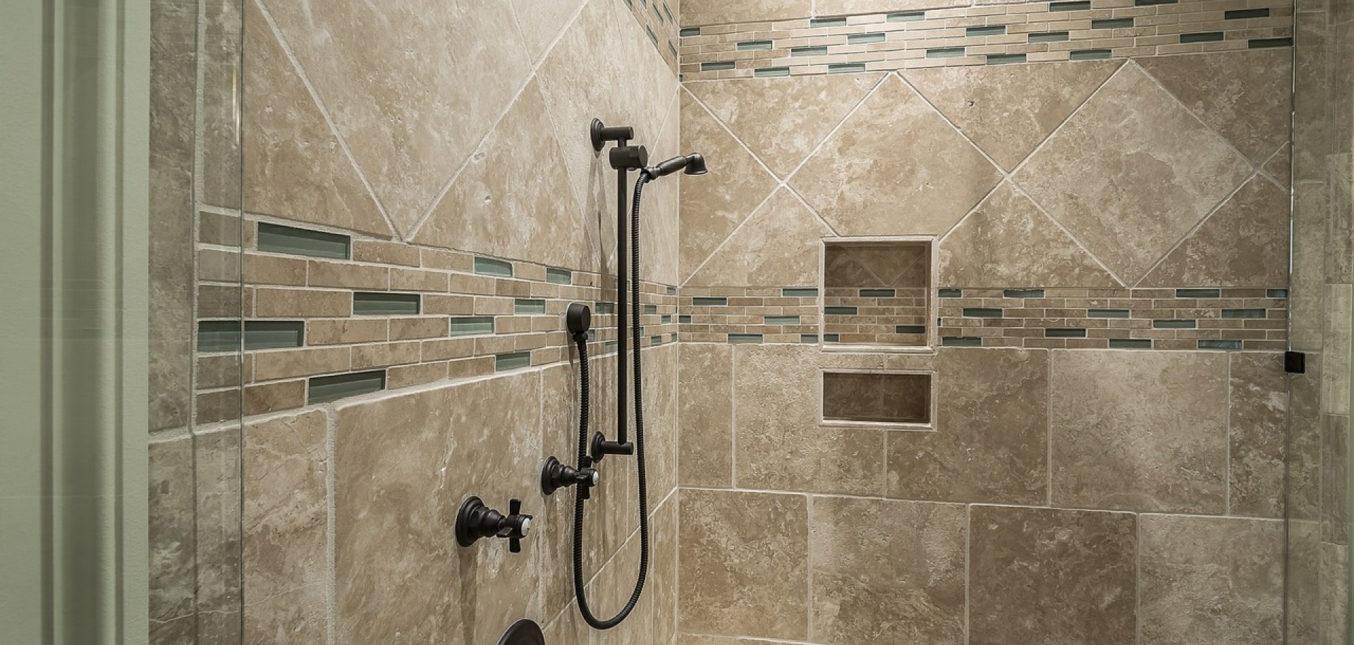 Comment aménager une salle de bain pour un sénior ?