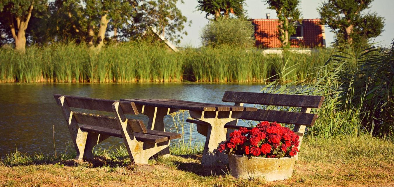 Comment choisir son mobilier de jardin haut de gamme?