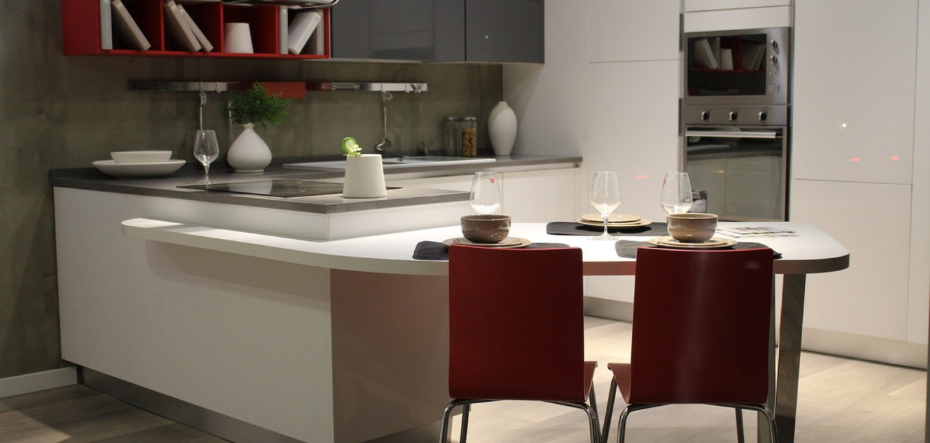 La mini cuisine, un indispensable pour les surfaces réduites