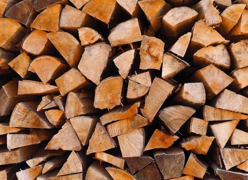 Pourquoi choisir un poêle à bois?
