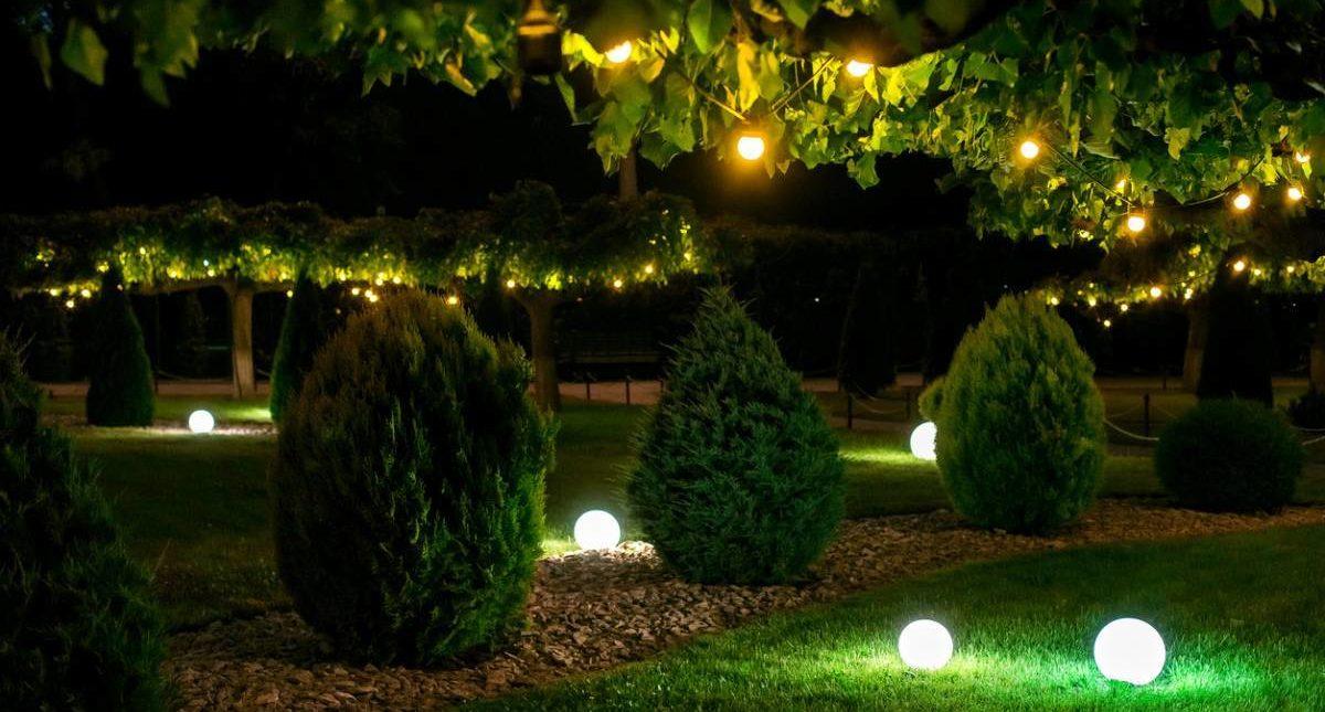 Quel luminaire choisir pour un petit espace extérieur ?